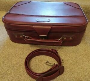 Vintage Kit Red Maroon Small Suitcase Zipped Hand Bag Leather Style With Strap