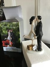 Cake Topper A Kiss And We Are Of!
