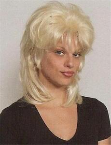 Blonde Shag Shoulder Length Straight Layered Wig w/Bangs