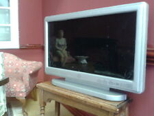 Dolls House Miniatures 1/12th Scale Television D1164 Silver Wide Screen TV New *
