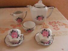 BARBIE service ancien dinette ART DECO  a café ou thé   en faience