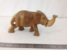 .lot 12 pcs Carved small wooden animals Lion, Elephant, Rhino /& Hog