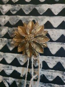 Cache-clou ancien bronze art ornement déco décoration cadre décor fleur