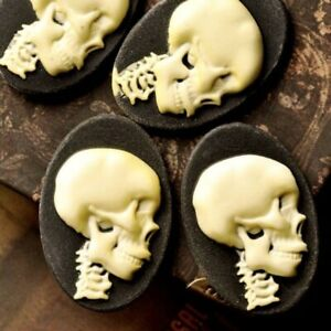 4pcs Resin Flatback Cameo Skull 36x24.5x6mm Black and Ivory Yellow OBRB0701