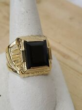 14 kt yellow gold black onyx ring