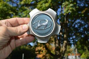 Hyundai Santa Fe 2001-05 Silver Center Cap Part # 52960-26200