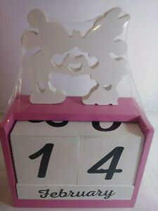 Disney Mickey & Minnie Mouse Wooden Block Set DATE & MONTH Cute - FORMAL DECOR