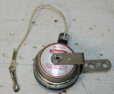 Dayton 2Z373 10 Lb Industrial Tool Balancer