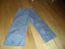 GIRLS GREY TROUSERS CAN BUTTONED UP TO BE 3/4 LENGHT