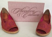 Theodora & Callum For Stuart Weitzman Shoes NWB  Size 9.5 Orange Egypt Linen