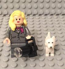 Lego New City Female Mini Figure Flesh Head,hands,long Lens camera,Terrier Dog