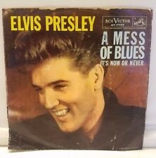 """Elvis Presley 45 Record """"It's Now or Never/A Mess of Blues"""" 47-7777 RCA Victor"""