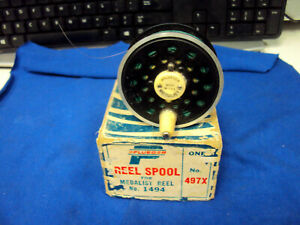 Vintage Pflueger Medalist No. 1494 Fly Fishing Spool With box