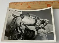 Original WWII 1950s Photo USAAF Air Force Pilots Cadets Fighter Aircraft Plane 3