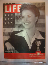 LIFE MAGAZINE JUNE 29, 1942 USO VICTORY BELLE