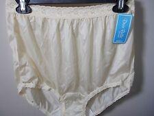 Dixie Belle Yellow Beige Classic Vintage Look Lace Trim Brief Panty, size 8