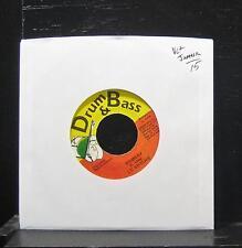 """Lieutenant Stitchie - Robbery 7"""" Vinyl 45 VG+ 1996 Jamaica Reggae Drum & Bass"""