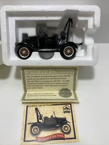 National Motor Museum Mint Golden Age Of Ford 1923 Model T Tow Truck 1:32 Scale