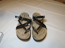 ECCO light 7.5 Black Strappy Sandals Womens EUC 38 comfort shoes 45353 flip flop