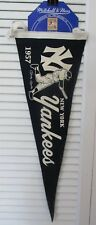 UPPER DECK MITCHELL & NESS PENNANT & CARD 1957 NEW YORK YANKEES MICKEY MANTLE