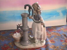 lladro Girl at The Pump 5285, without the box. A-2 (27)