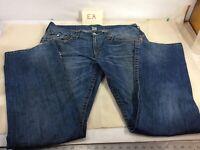 True Religion Mens Distressed Straight Denim Jeans Flap 36 X 34  Actual 38x34