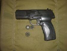 Vintage CROSMAN 1088 Pistol - CO2  Air Gun with 3 clips