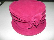 Chapeau cloche rose 55-60 TBE