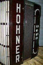 altes Akkordeon / Harmonika / Knopfakkordeon ( Hohner )