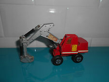 30.07.17.1 Engin de chantier pelleteuse Matchbox n°KI hydraulic excavator