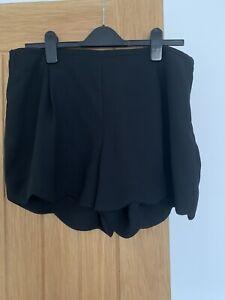Oasis Black Dressy Shorts Size 16