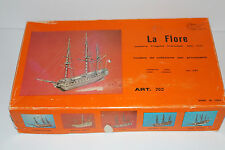 Vintage, made in Italy MANTUA MODELS LaFlore Art 760 ship model kit mm.440