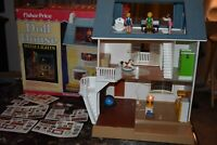 1981 FISHER PRICE DOLL HOUSE WITH LIGHTS with Box, furniture & figures