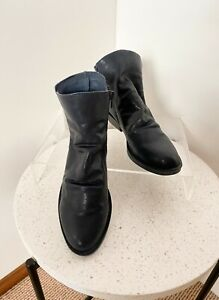 WITTNER navy blue leather Dustin zip ankle boots / sz 40