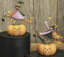 Witch Riding Over a Pumpkin - Williraye -6105 - New in Box - CAT Only