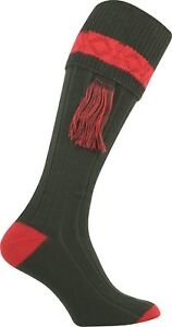 TRADITIONAL ENGLISH LONG GAME HUNTING SOCKS GREEN & RED CONTRAST + TIES GARTERS
