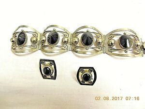 Set of Sterling Silver Heavy Bracelet and earrings with Onyx 7 1/2 inches
