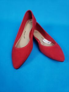 Time And Tru Ballet Flat ~ Red ~   Pointed Toe ~ Women's Size 8