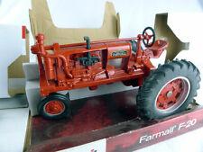 Case Farmall F-20 Die-cast model tractor Ertl 1-16