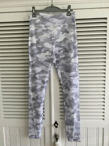 Brand New With Tags Forever 21 Grey And White Camouflage Sports Leggings Size S