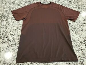 Lululemon Live In Practice Short Sleeve T-Shirt Sz L Maroon Breathable Stretch