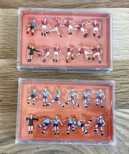 Very Nice Lot of 2 PREISER HO 10075 Soccer Teams Red & Blue Figures - NEW