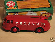 "1994 ERTL (TEXACO)1934 DIAMOND ""T"" TANKER DIE-CAST BANK. NIB"