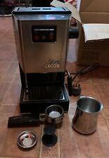 Gaggia Classic 2 Cups Espresso Machine - Chrome