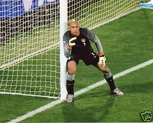 TIM HOWARD USA SOCCER 8X10 SPORTS PHOTO (CAT)