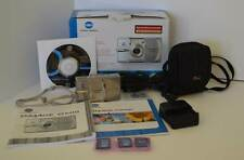 Konica Minolta DiMAGE G600 - 6.0 MP Digital Camera - Silver with Black Case