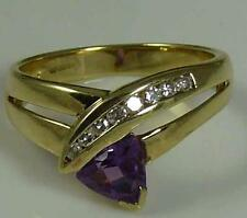 PRETTY 9CT GOLD AMETHYST AND DIAMOND RING - SIZE N -  3.3 GRAMS