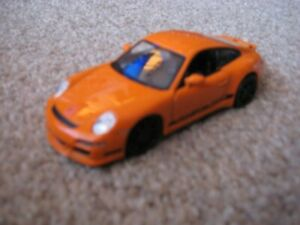 Welly - PORSCHE 911 GT3 RS (Orange) - Model Scale 1:36 - 1:39
