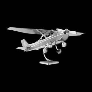 Metal Earth Cessna 172 Skyhawk DIY laser cut 3D steel model kit