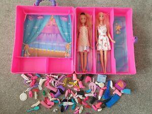 Barbie doll Wardrobe Deluxe Trunk Carry Case 1995 & 2 Dolls Bundle Accessories